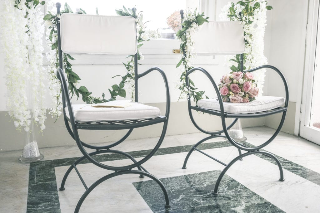 YES WEDDING ITALY SYMBOLIC CEREMONY CHAIRS PATRICIA MARCO