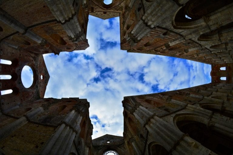 YES WEDDING ITALY SAN GALGANO ABBEY _ OPEN 2021 SKY